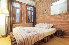 Lovely&Cheap Studio with Fireplace