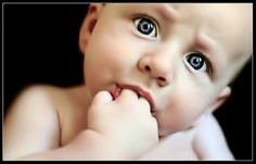 Baby Parenting-a short article about a babies first months, and how a moms actions can create a calming effect in her infant.