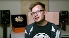 YouTuber nổi tiếng Criken ngoài đời thực.
