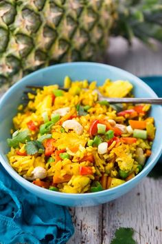 Pretty Good - be careful to not use too hot of a curry powder, it's overpowering Rice Recipes Vegan, Vegan Dinner Recipes, Vegan Dinners, Whole Food Recipes, Healthy Eating Recipes, Vegan Foods, Veggie Recipes, Vegetarian Recipes, Cooking Recipes
