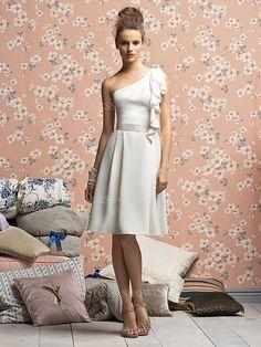 Summer Knee-Length Chiffon Strapless Petite Bridesmaid Dress