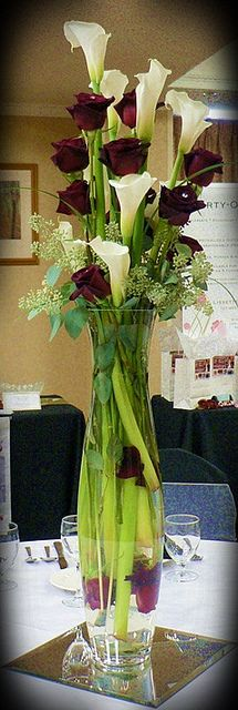 Tall Roses & Calla Lily Design