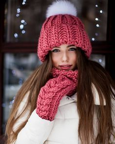 52 Fashion Trends To Inspire Every Girl Beanie Outfit, Bonnet Outfit, Knitted Shawls, Crochet Hats, Free Crochet, Crochet Pattern, Chic Outfits, Fashion Outfits, Fashion Fashion