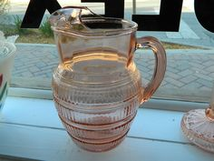 PINK DEPRESSION GLASS PITCHER WITH  ICE LIP-BEEHIVE PATTERN