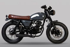 Retro Motorcycles: We've listed some of the best looking retro motorbikes. Learner legal 125 and retro, beginner motorcycles. Beginner Motorcycle, Tracker Motorcycle, Retro Motorcycle, Motorcycle Design, Green Motorcycle, Motorcycle Girls, Cafe Racer Honda, Cafe Racer Bikes, Cafe Racer Build