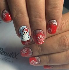 Trendy nails for winter Holiday season polish colors, beauty nail art ideas for Xmas Eve and celebrating New Year Simple designs with Santa, Christmas tree and other ideas on pictures Elegant Nail Designs, Holiday Nail Designs, Nail Art Designs, Dark Nails, Red Nails, White Nails, Christmas Nail Art, Holiday Nails, Holiday Makeup