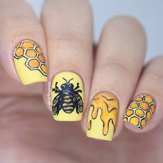 """Since we all gonna be busy bees during this month, why not a bee nail art for #31DC2015 yellow theme. All handpainted with acrylic paint. #nails2inspire #polishlicious #craftyfingers #sgnailartpromote #jjnailpromote #nailartwow #nailpromote #nailartoohlala #vernisaongles #thenailartstory #nailitdaily #instanails #nailsoftheday #nailsofig"" Photo taken by @glitterfingersss on Instagram, pinned via the InstaPin iOS App! http://www.instapinapp.com (09/03/2015)"
