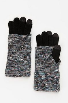 Layered Texting Gloves — Gadget Friendly Gloves To Keep You Toasty While Texting