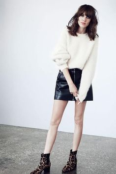 Wonderful Alexa Chung / black leather skirt and white fluffy sweater / black and white delight / one of my fave AC looks <3 / outfit 10/10