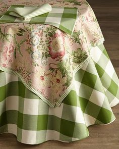 French Laundry Home Green & White Table Linens - Horchow French Decor, French Country Decorating, Gingham Check, Blue Gingham, Linens And Lace, Cottage Design, Table Toppers, Table Linens, Pink And Green