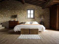 Google Image Result for http://4.bp.blogspot.com/_X6jtbnIK4aU/ScvfMQjFjWI/AAAAAAAAAYc/PJi2l6svnT4/s400/tuscan-bedroom.jpg