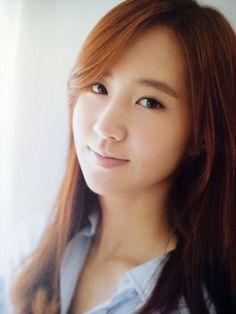 Kwon Yu Ri #YooAhIn #ShinSeKyung #FashionKing #KwonYuRi #DramaFever #KDrama