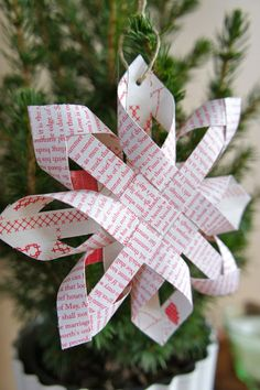 Christmas paper star - tutorial Great idea: make from double-sided wrapping paper!