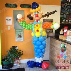 Clown Balloon Sculpture, Circus theme balloon decor. #partywithballoons