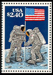 Stamp: Raising the Flag on the Lunar Surface, July 1969 (United States of America) (Moon Landing Anniv.) Mi:US 1868 Old Stamps, Vintage Stamps, Postage Stamp Art, Man On The Moon, Moon Landing, Stamp Collecting, My Stamp, Herb, Poster