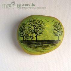 创意手绘石 http://yuhev.taobao.com ..........手绘精品购物群:137573905 - painted rock / stone