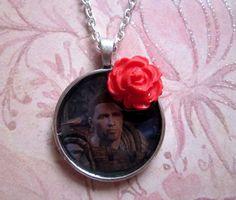Dragon Age: Origins Alistair's rose gift Necklace by gamepresent