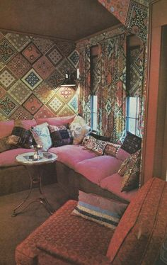 Vintage Home Decor, 1970s Mod Interiors