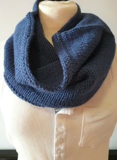 Hand-knitted cowl for men in a mix of soft and warm pure wool and alpaca Snood Scarf, Hand Knit Scarf, Neck Scarves, Neck Warmer, Keep Warm, Beanie Hats, Hand Knitting, Cowl, Pure Products