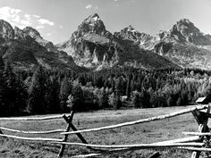 Travel - Teton Mountains in Wyoming