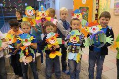 Hobbies For Seniors Recycled Crafts Kids, Diy And Crafts, Crafts For Kids, Paper Crafts, Crochet Bunny Pattern, Crochet Patterns Amigurumi, Amigurumi Doll, Christmas Hallway, Clown Crafts