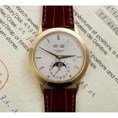 Made in only 244 pieces between 1981 - 1985, this is Patek's sublime ref 3450 self-winding perpetual calendar #doesntgetanybetter @thomas_crownaffair @patekaholic