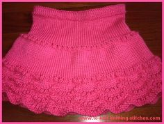 Pink Scallop Edge Skirt - Girls' short skirt knitting pattern.