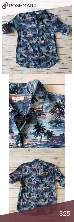 J Crew Hawaiian Button Down shirt J Crew Hawaiian Button Down shirt Sunset palm tree print  Rolled up sleeves  21.5 inches from armpit to armpit 29 inches long J. Crew Tops Button Down Shirts
