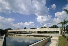 http://mube.art.br/o-museu/arquitetura/
