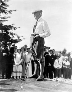 President Warren Harding rocking some sweet threads at the Shaughnessy Golf Links in Vancouver BC, Canada, July 1923 via the City of Vancouver Archives List Of Presidents, Republican Presidents, Black Presidents, American Presidents, American History, The Warren Family, Warren Harding, President Quotes, Warren G