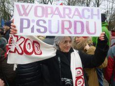 Emeryci z KOD znowu straszą przed Sejmem