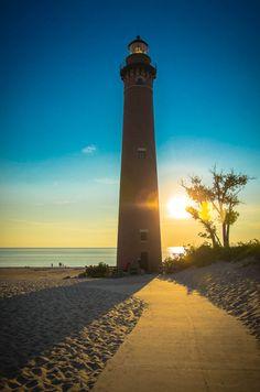 Little Sable Lighthouse by Nick Van De Venter on 500px