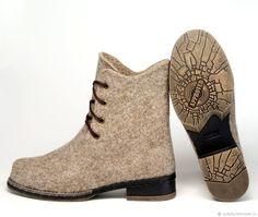 """Купить Валяные ботинки """"Дыхание города"""" - бежевый, натуральный, подарок на любой случай"""