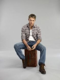 Hart of Dixie Wilson Bethel as Wade Kinsella promo shot sitting on luggage 8 x 10 Inch Photo Wilson Bethel, Hart Of Dixie Wade, Wade Kinsella, Grey Anatomy Quotes, Victoria Secret Outfits, Colin O'donoghue, Luke Evans, Country Boys, Man Crush