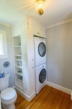 34 Amazing Small Laundry Room Design You Can Do Designing a laundry room to be an extremely special room is a very good thing we do to create the […] Laundry Bathroom Combo, Pantry Laundry Room, Laundry Room Layouts, Small Laundry Rooms, Laundry Room Organization, Laundry Room Design, Bathroom Layout, Small Bathroom, Laundry In Kitchen