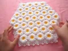 Chamomile Fiber Making-Crochet Daisy Motif with Hexagonal Fiber. Fiber rope and 7 number Crochet Dowry Easy Fiber Sample with Daisy The first of the Fiber Knitting Videos belonging to the 2 channeled handmade channels is from beginning to end. Crochet Daisy, Crochet Flowers, Crochet Lace, Free Crochet, Easy Knitting Patterns, Crochet Blanket Patterns, Loom Knitting, Crochet Blankets, Easy Patterns