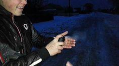 Парень палит в руку из самодельного огнемета (+плейлист)