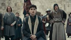 Netflix Original Film The King has officially been released to stream on Netflix. The film stars Timothée Chalamet as King Henry V of England, alongside Joel Edgerton, Lily-Rose Depp, Sean Harris a… Joel Edgerton, Netflix Original Movies, Netflix Movies, Movies Online, The King Timothee Chalamet, King Henry V, Robert Pattinson, Sean Harris, Netflix Releases