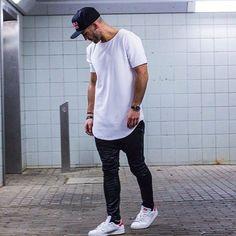 GET THIS LOOK T-shirt Jeans Footwear Snapback
