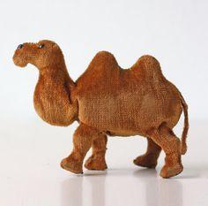 Vintage Camel Wind Up Toy Traveling Camel by bellalulu on Etsy