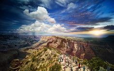 Grand Canyon photographed from day to night ~ a compilation of 50 photographs seamlessly woven together in post-production from the lens of American photographer Stephen Wilkes.