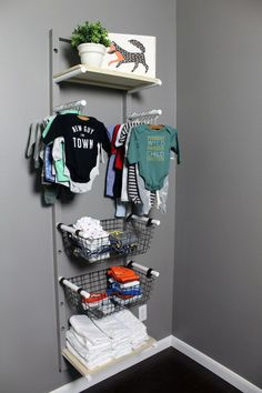 DIY clothes rack for a nursery if you don't have a closet and need to store baby clothes. Storage For Baby Clothes, Dyi Clothes Rack, Kids Clothes Organization, Organize Baby Clothes, Clothes For Boys, Storage Ideas For Nursery, Clothes Storage Ideas Without A Closet, Baby Closet Storage, Crib In Closet