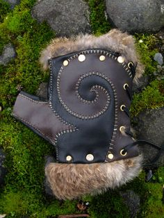 Coyote- Leather and Rabbit Hide Fingerless Gloves