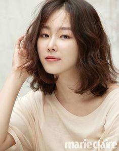 Seo Ji Hye, Seo Hyun Jin, Korean Actresses, Korean Actors, Asian Actors, Korean Beauty, Asian Beauty, Midi Hair, Baek Jin Hee