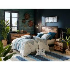 Union Rustic Mosaic of natural rich reclaimed wood made of unique texture and color make the palette for each headboard on this bed, creating a simple yet bold update to any bedroom. Bed will be shipped in 3 cartons. Size: King