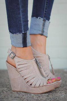 630d74dd6743 These neutral wedge sandals are the perfect addition to dress up your  outfit! Vegan suede