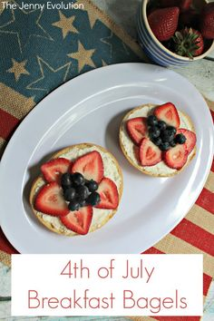 4th of July Breakfast Bagels - start your patriotic celebrations with a pop of fun and color!