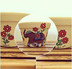 Elefante #arte #artesanato #vasodeplanta #pintura #flores #vaso #vasospersonalizados #desenho #colorido #alegre #amor #artista #painted #mother #art #craft #flowers #vase #color #colorful #drawing l#love #painting #vase #passaros #passarinhos #passaro #bomdia #coruja #elefanteindiano  #elefante