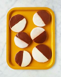 A New York classic, these iconic cookies are more like flat cakes coated with chocolate icing on one half and vanilla on the other. Martha made this recipe on episode 702 of Martha Bakes.