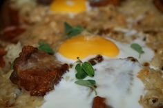 Tynn Pizza med egg og bacon